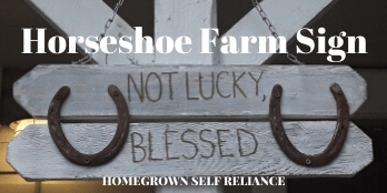 horseshoe farm sign