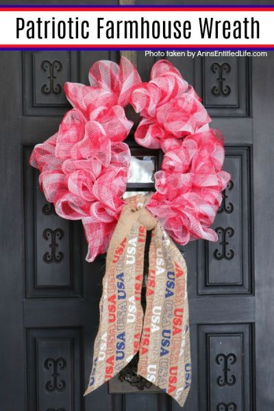 This wreath is a perfect front door accent for your old fashioned 4th of July holiday